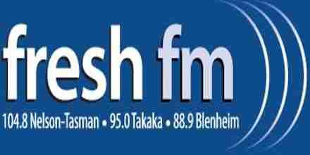FM جديدة 104.8