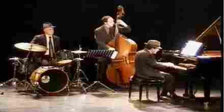 Radio Art Jazz Trios